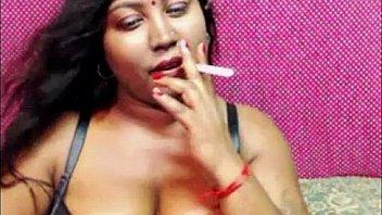 देसी धूम्रपान वेब कैमरा