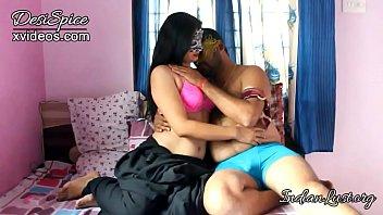 हॉट इंडियन यंग गर्लफ्रेंड बॉयफ्रेंड सेक्स